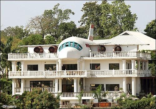 abuja_airplane.jpg