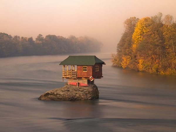 river_house.jpg