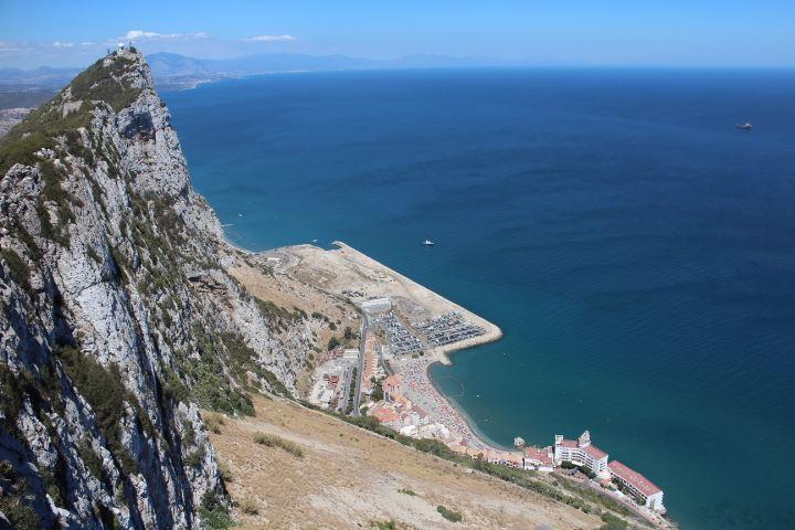 Mit keres egy magyar pszichológus Gibraltáron?