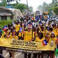 Az elmúlt 30 évben a Szcientológia önkéntes lelkészek 128 súlyos katasztrófaövezetben nyújtottak segítséget