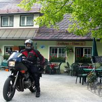 Szlovák kanyar az Alpokban