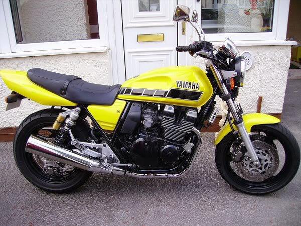yellow4004.JPG