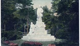 A Semmelweis emlékmű felállítása
