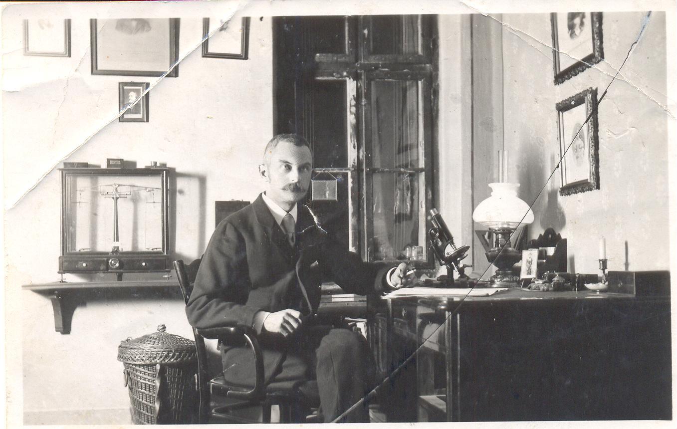 Dr. Deér Endre és a scarlantin