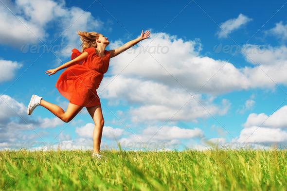 Pretty_woman_running.jpg