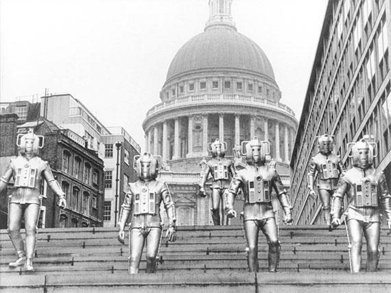 cybermen-the-invasion-london.jpg