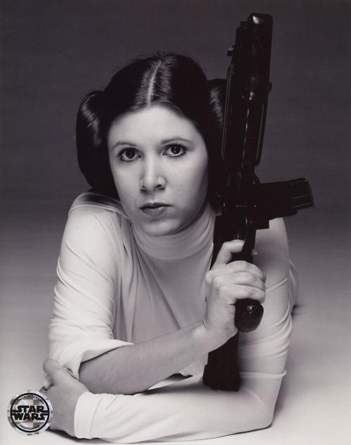 Princess-Leia-princess-leia-organa-solo-skywalker-32340503-500-635.jpg
