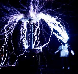 teslalightning.jpg