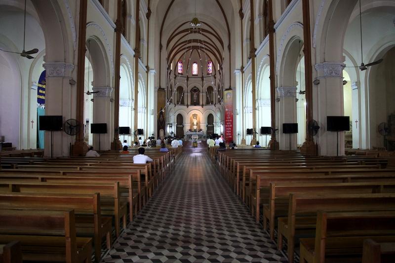 023 Saigon Notre-Dame Basilica.jpg