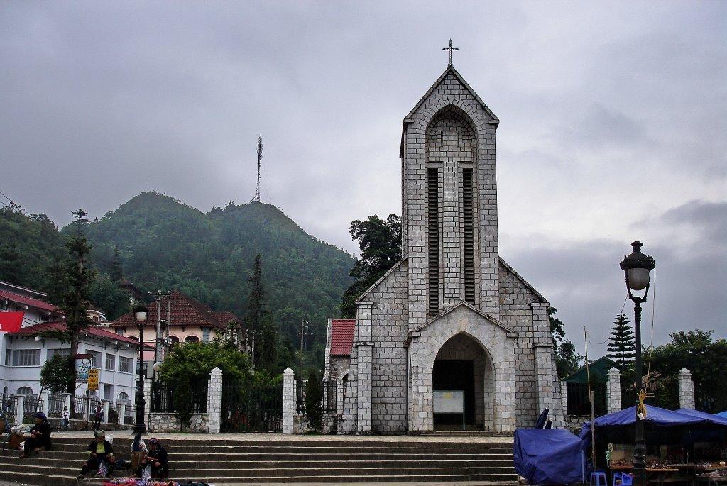 A katolikus templomot a franciak epitettek 1930-ban.