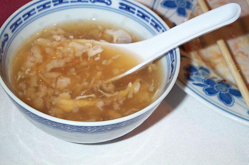 800px-Bird's_Nest_soup.jpg