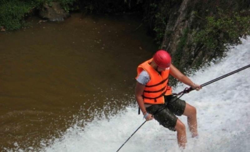 Datanla-waterfall-3.jpg