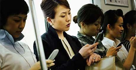 MOBILE-INTERNET-CHINA-460x238.jpg