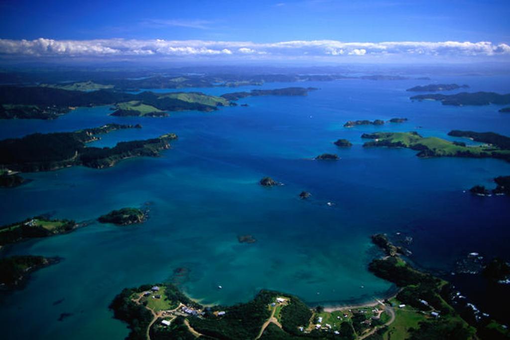 bay-of-islands.jpg