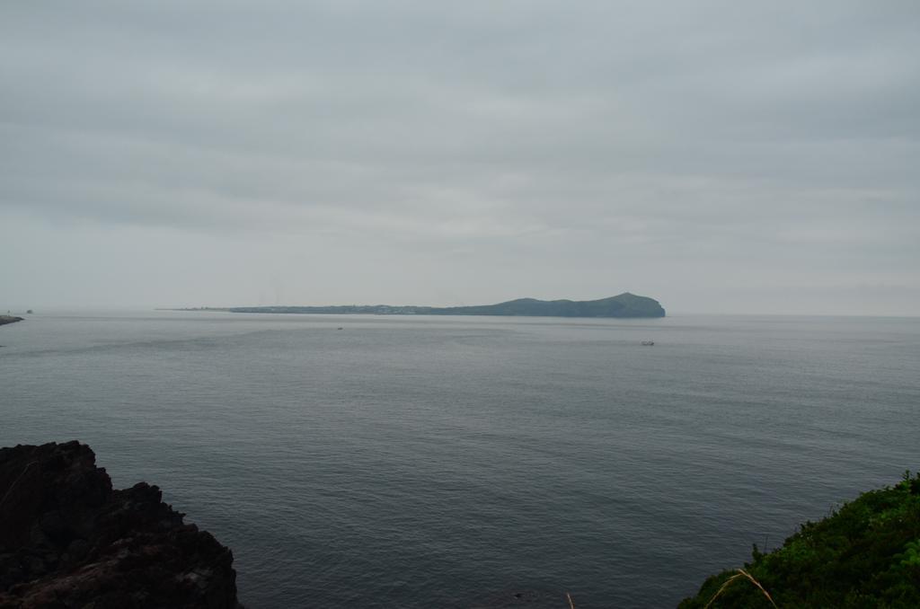 tavolban az Udo sziget