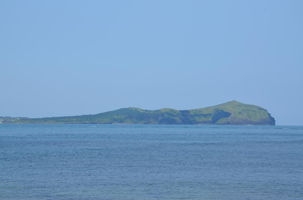 Udo sziget napfenyben