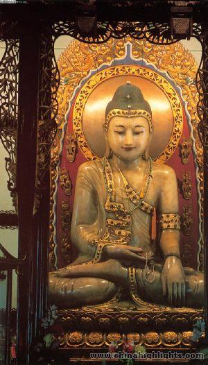 jade-buddha-temple10-m.jpg