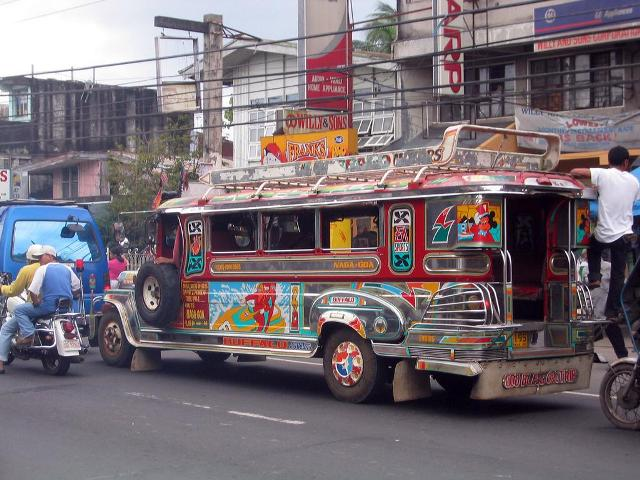 jeepney-manila-big1.jpg