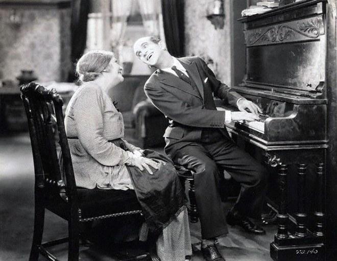 the_jazz_singer_1927_1.jpg