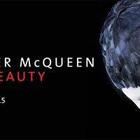 Alexander McQueen kiállítás Londonban!