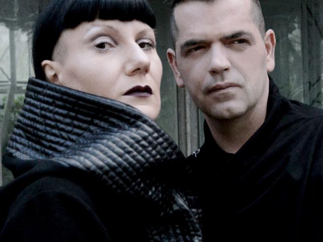 Magyar zenekar a szintipop élvonalában - tovább tarol a BLACK NAIL CABARET