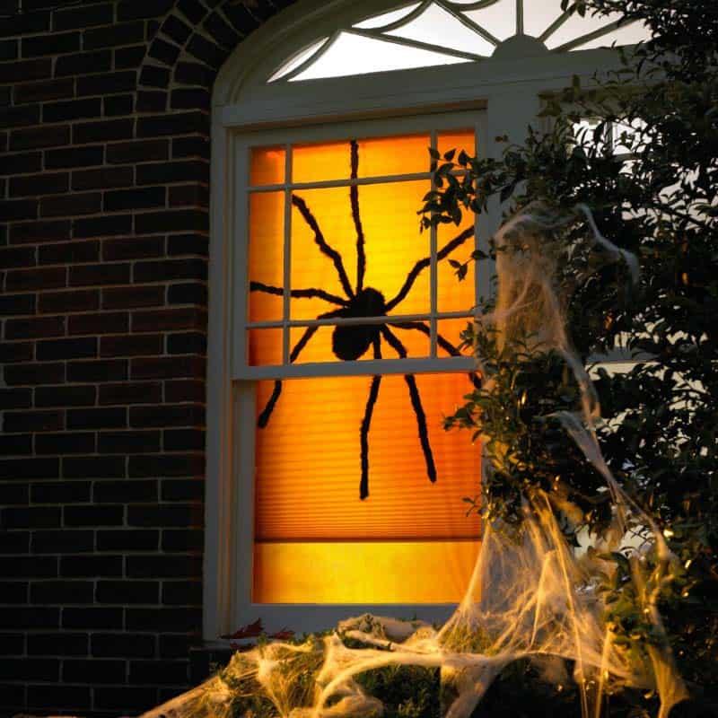 spooky-halloween-window-silhouette-ideas-09-1-kindesign.jpg