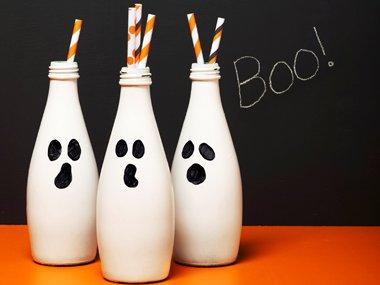 01-boo-bottles-spooky-crafts-sl.jpg