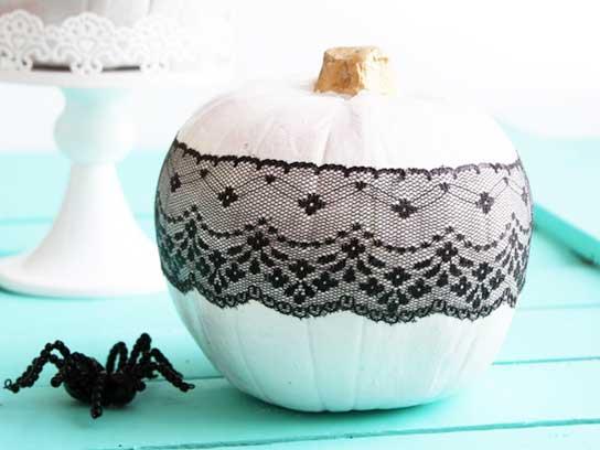 01-diy-halloween-crafts-lace-pumpkin-fsl.jpg