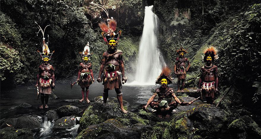 Huli, Indonézia, Pápua Új-Guinea