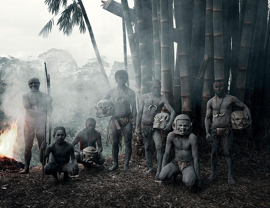 Asaro, Indonézia, Pápua Új-Guinea