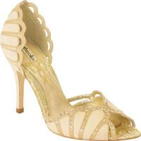 Báli cipő a Faithnál