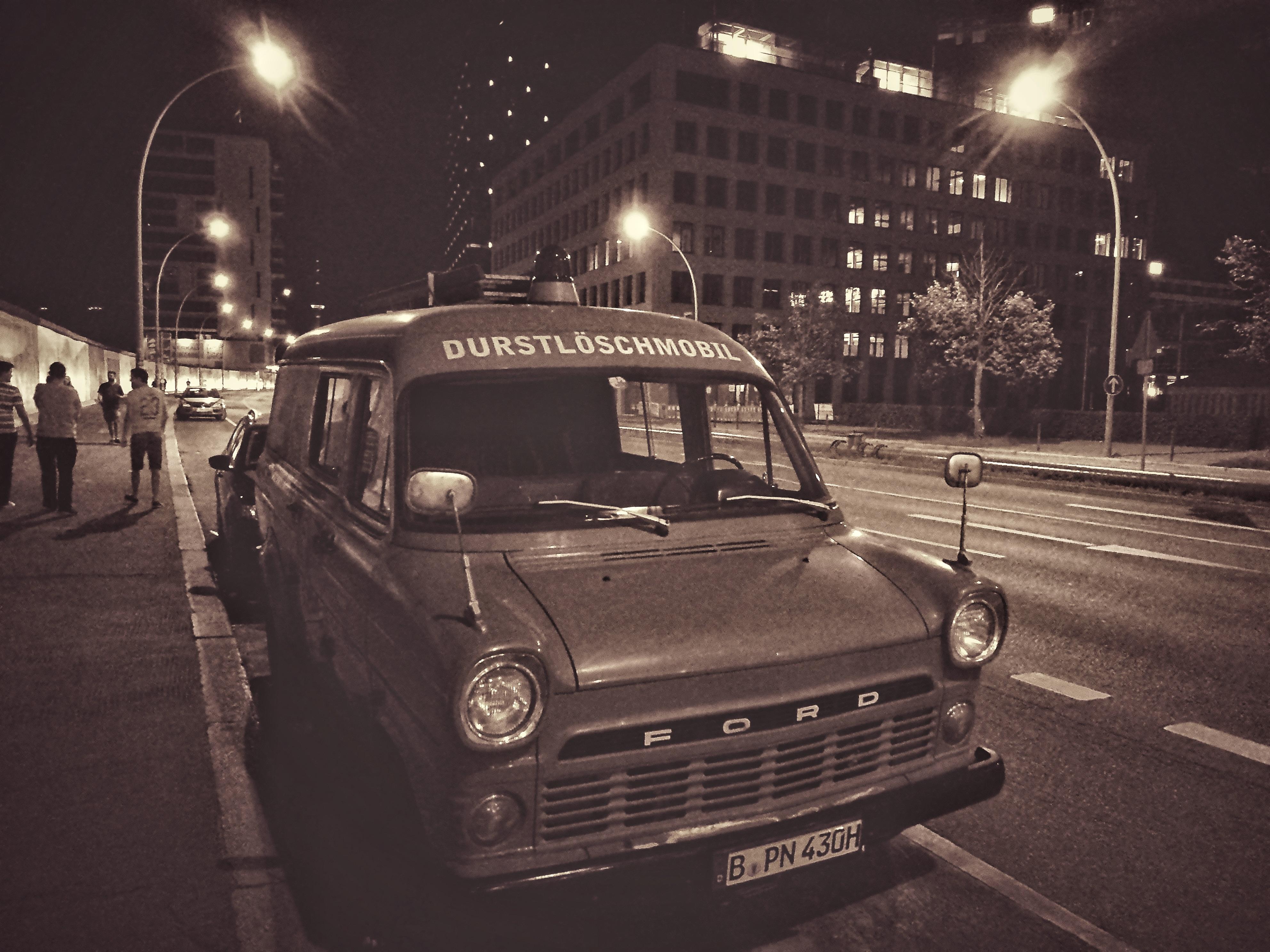 Éjszakai városnézés