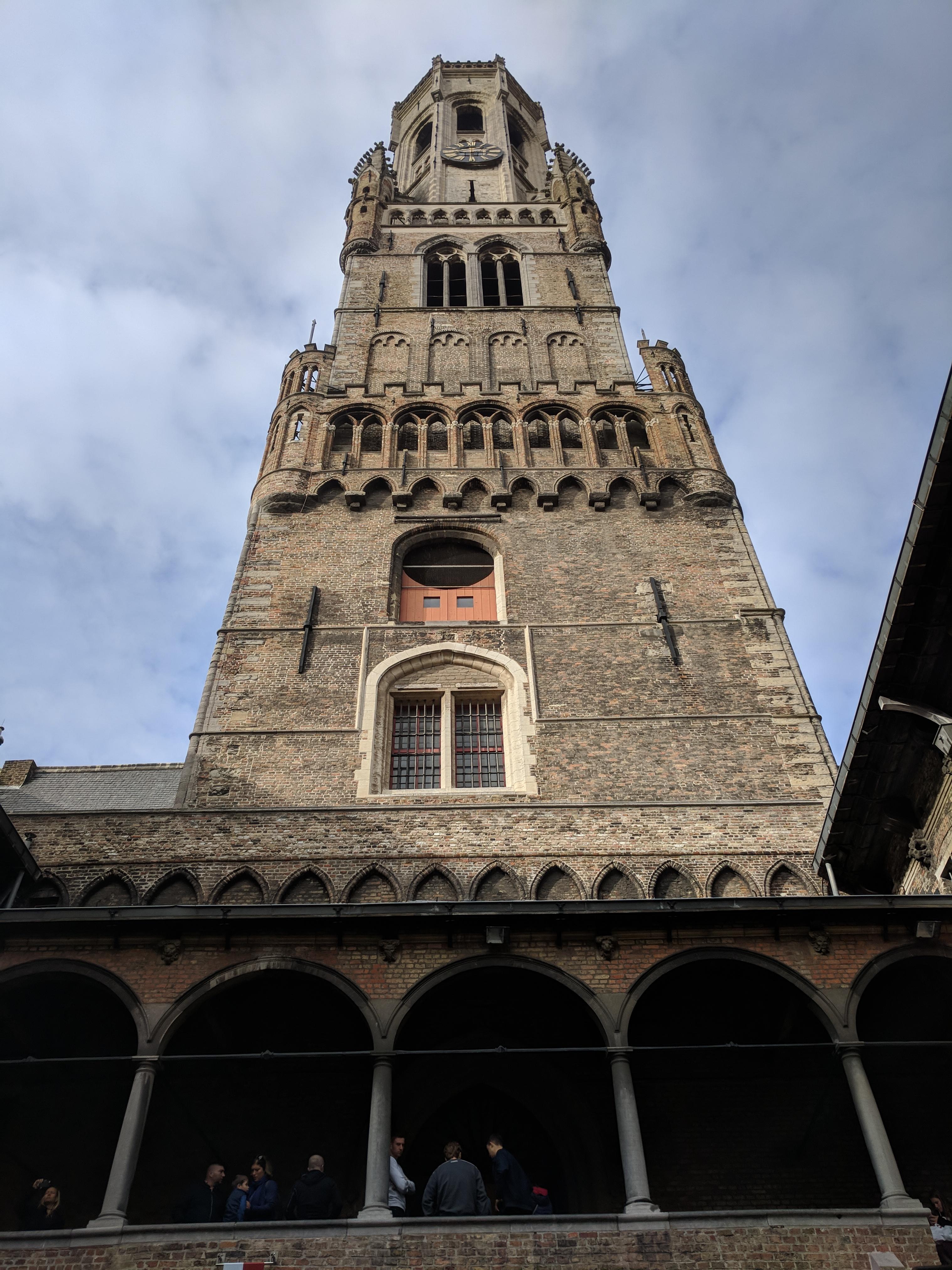 A torony belső bejárata