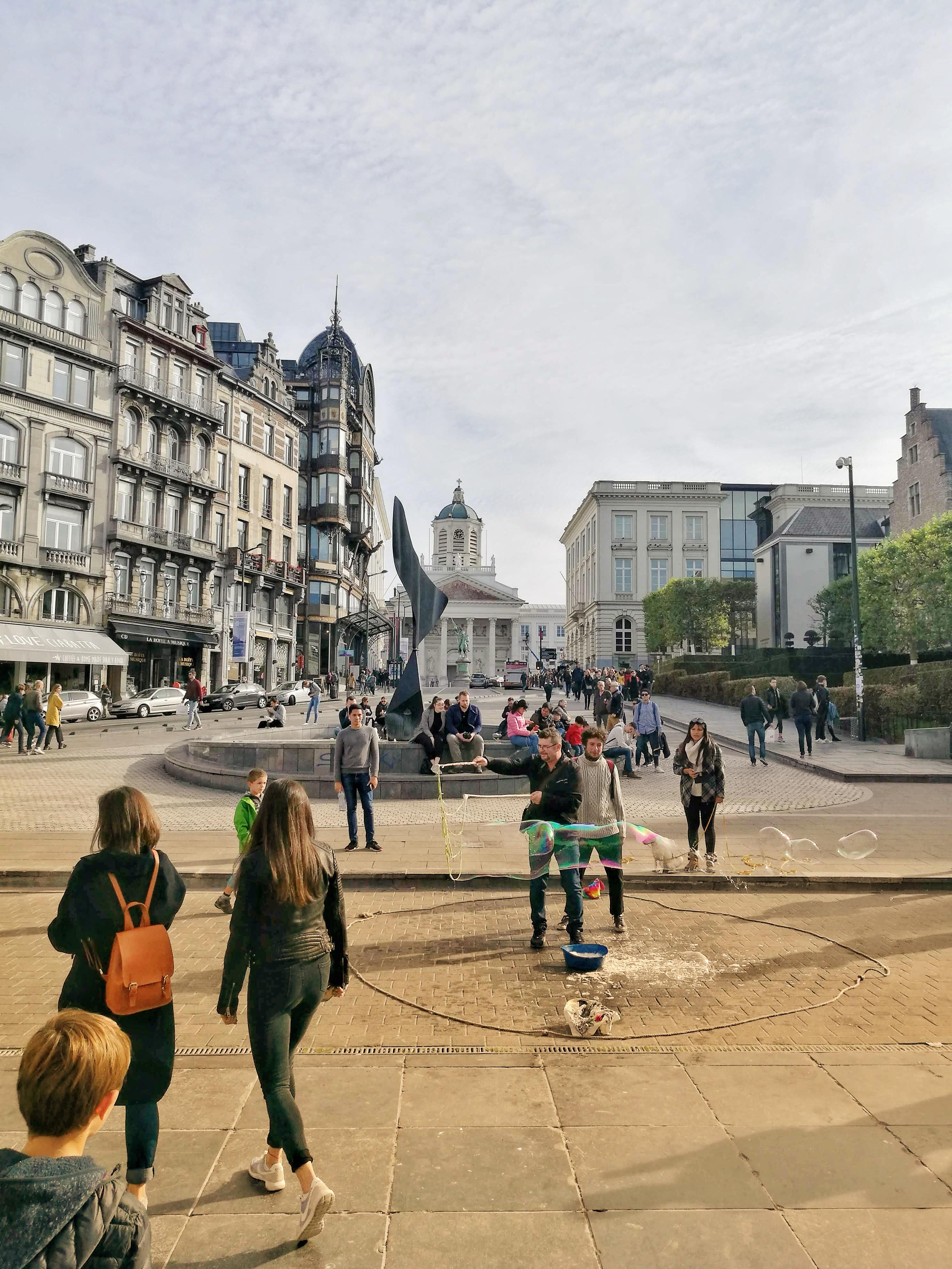 A Mont des Art népszerű találkozó hely