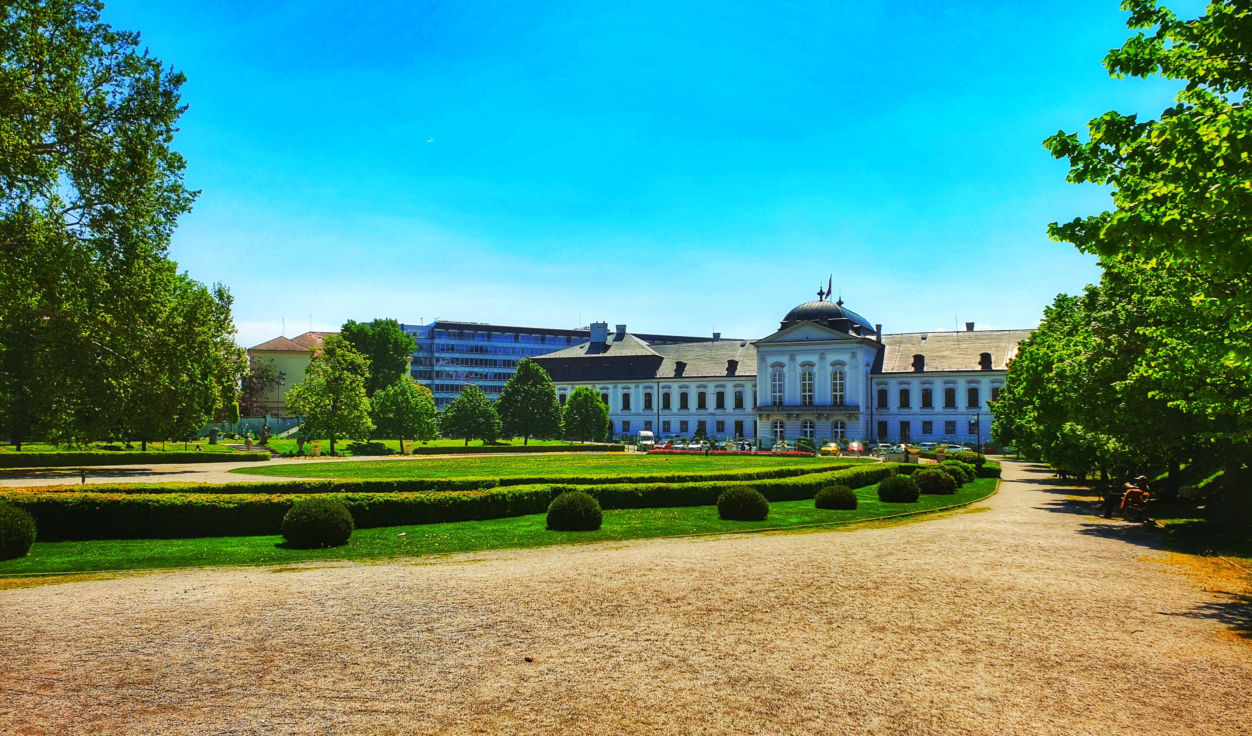 Grassalkovich-kastély parkja