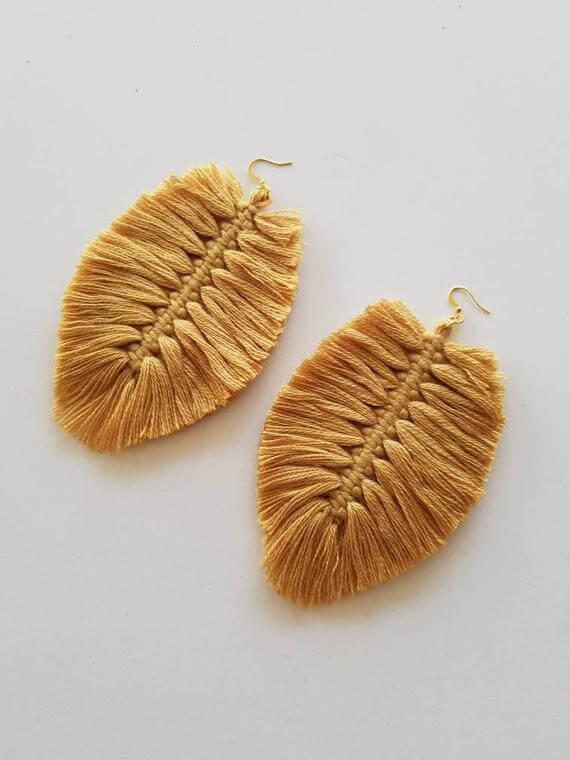 Ha már nagyon pro vagy, lehet vékonyabb fonalból készíteni és fülbevalóként hrdani.