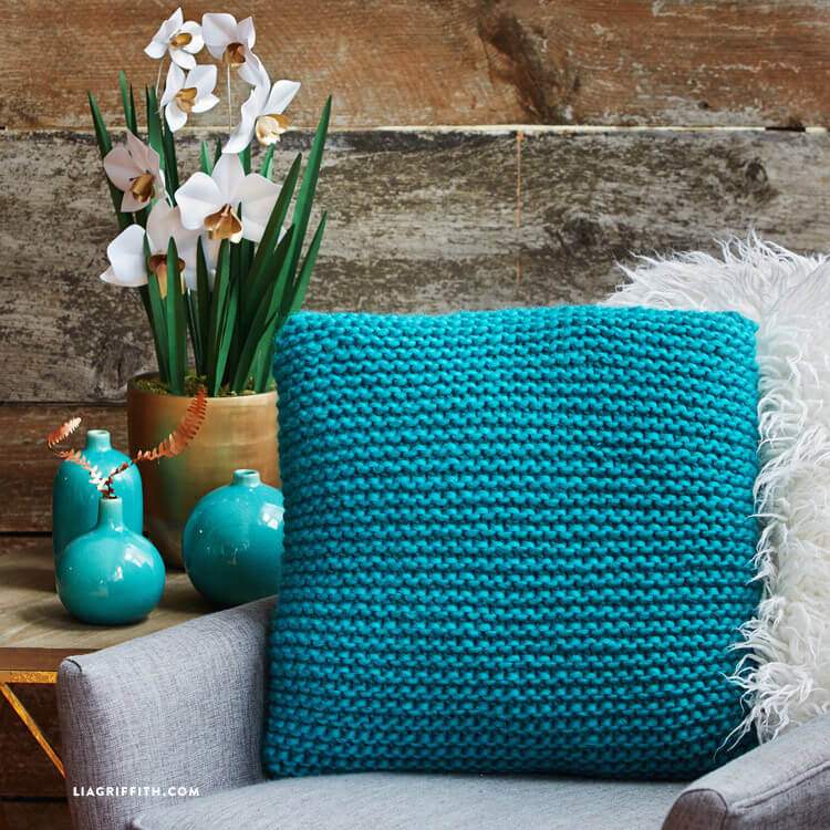 purl_stitch_pillow_01.jpg