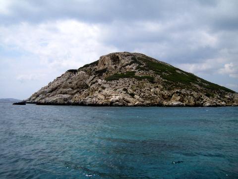 Dhaskalio: 4,600-Year-Old Greek 'Pyramid' Found in the Aegean Sea 7._Dhaskalio