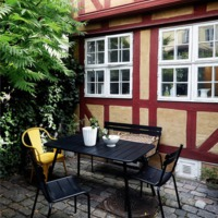 Egy dán régiségkereskedő otthonában