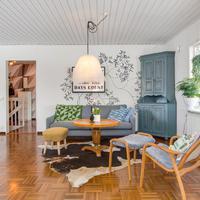 Tágas és hangulatos svéd családi otthon