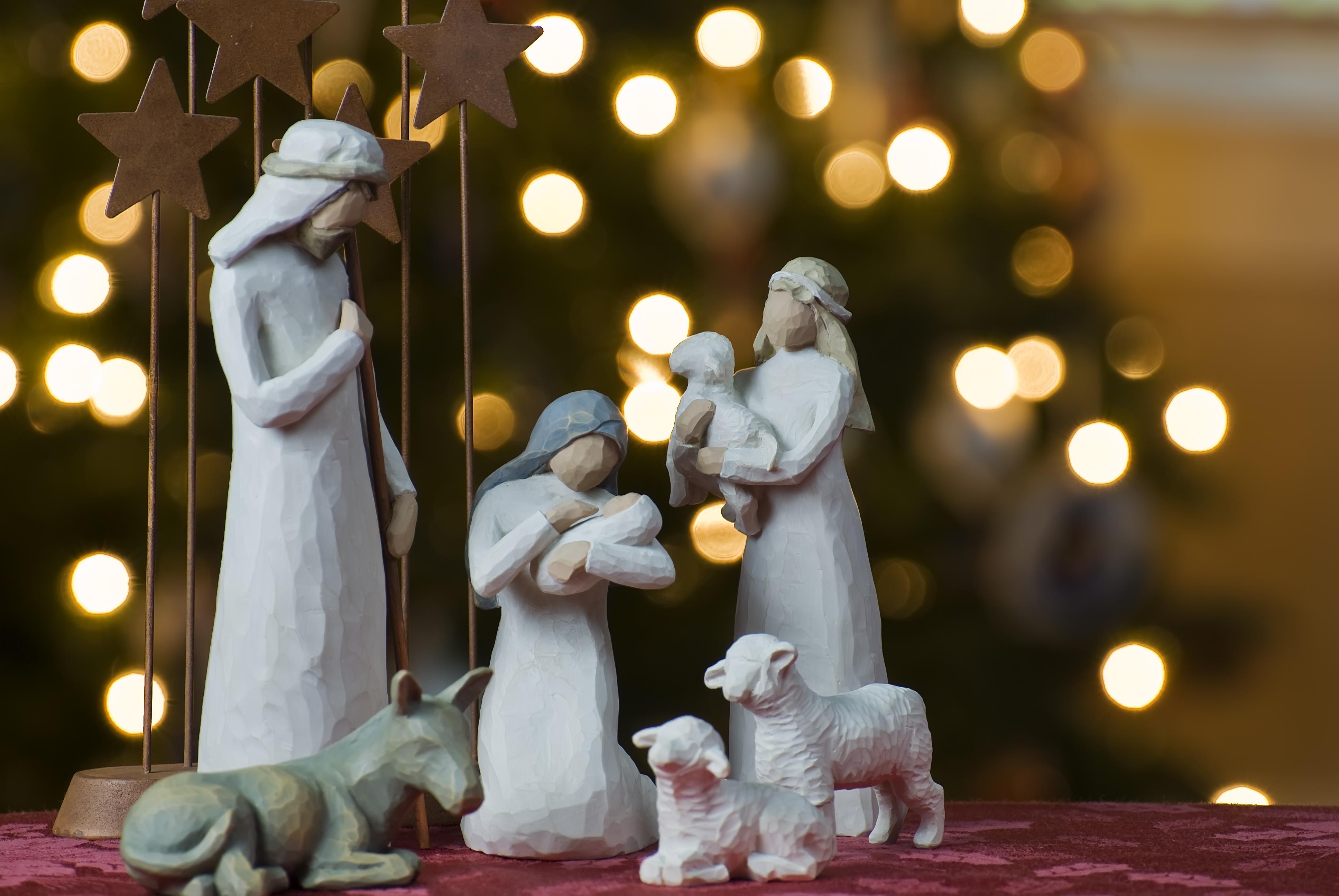 nativity_tree2011.jpg