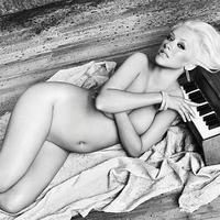 Christina Aguilera - Rare Nude Pix - 02