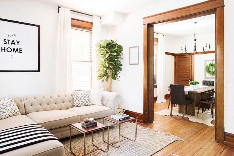 002-living-room.jpg