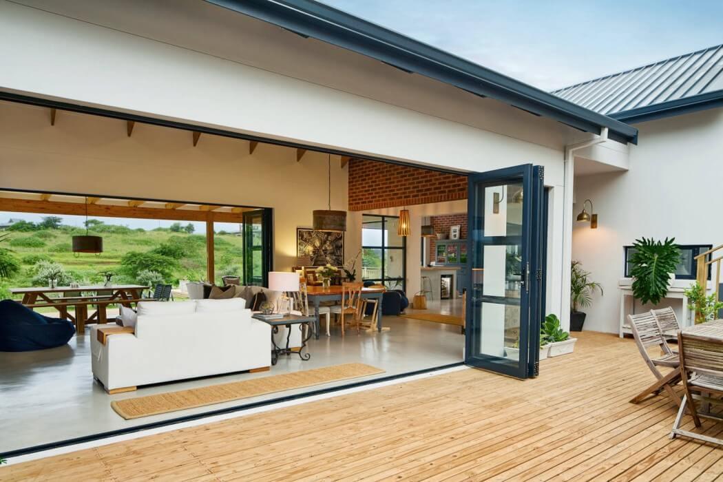 011-house-broughton-leveco-architects-1050x700.jpg