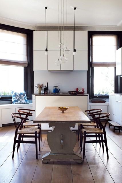 real-homes-4-easy-living-19dec13-paul-massey_bt_426x639_1.jpg
