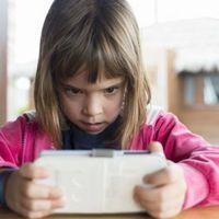 Digitális félelmek: mi lesz, ha lemarad, kimarad a gyermekem?