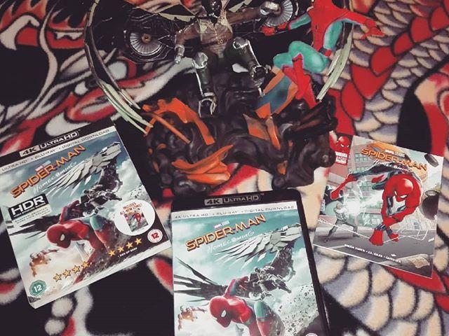 Spider-Man Homecoming [Limited Edition 4K UHD + Blu-ray + Figurine + Comic] 676/1030