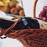Házi arcápolási praktikák: szőlő és bor a fürdőben