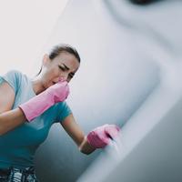 Ebbe nem halhatsz bele: hatékony takarítás irritáló vegyszer nélkül!?