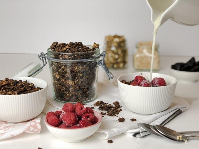 Csokis-diós házi granola Smarta konyhájából